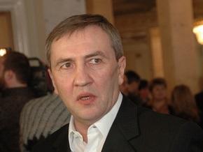 СМИ: Черновецкий готовится взорвать информационное пространство