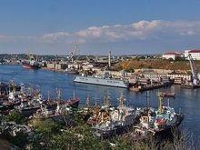 Севастополь: Студенческое братство требует доступ в спортклуб ЧФ РФ