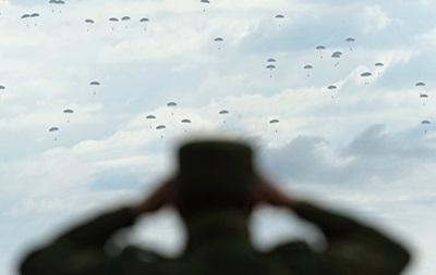 РФ почала масштабні військові навчання в Криму