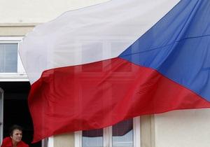 Чехия грозится приостановить работу своего консульства в Киеве