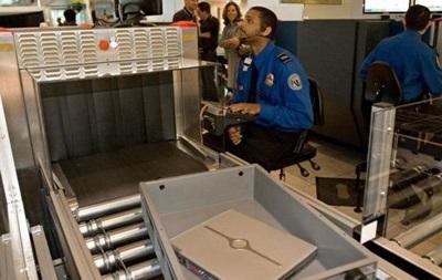 США запретят брать в самолет ноутбуки и планшеты