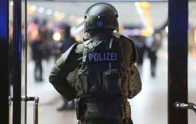Німеччина вперше депортує своїх громадян із сімей мігрантів