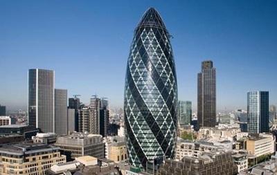 У Лондоні евакуювали людей зі знаменитого хмарочоса