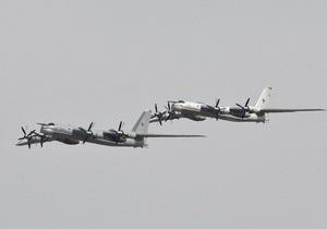 Российские бомбардировщики Ту-95 провели в воздухе около 40 часов
