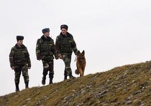 На украинско-беларусской границе изъяли рекордную партию контрабандной одежды