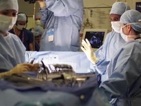 В России хирурги впервые удалили желчный пузырь через пупок