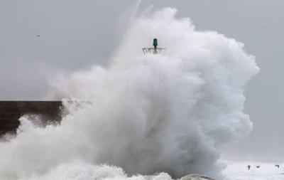 Сейсмологи оголосили загрозу цунамі на Камчатці