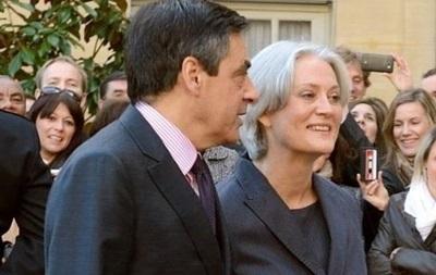 У Франції розпочато розслідування проти дружини Фійона