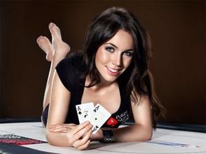 Лив Боери в составе Team PokerStars Pro