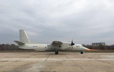 Літак Ан-132D без деталей із РФ піднявся в небо