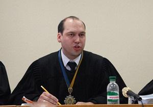 Судья по делу Луценко удалил из зала суда журналистов и нардепов