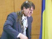 Запорожский чиновник требует 50 тысяч гривен за фекалии