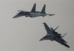 Российских военных летчиков научат добывать пищу в лесу и отбиваться от диких животных
