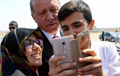 Эрдоган назвал себя  хранителем мира и свобод