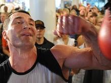 Украинские боксеры предсказали исход боя Кличко-Томпсон