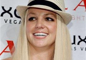 Бритни Спирс запретили пользоваться мобильным телефоном