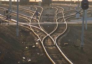 В Луганской области сошли с рельсов 13 вагонов грузового поезда