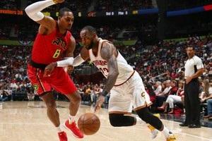 НБА: Оклахома вырвала победу над Денвером, поражение Кливленда