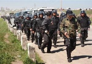 Власти Кыргызстана отдали приказ стрелять по мародерам на поражение