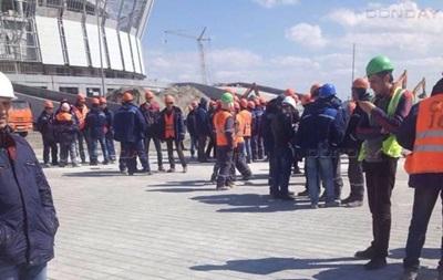 В России бастовали строители стадиона к ЧМ-2018
