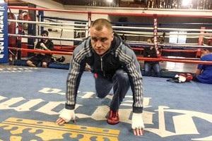 Макс Бурсак у США закінчує підготовку до бою проти Раміреса