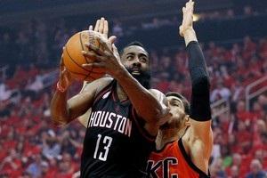 НБА: Хьюстон разгромил Оклахому, Голден Стэйт сильнее Портленда