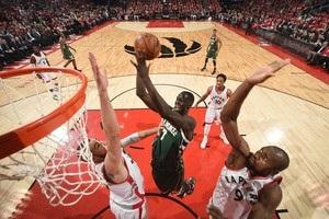 НБА: Чикаго добыл выездную победу в Бостоне, Торонто сильнее Милуоки