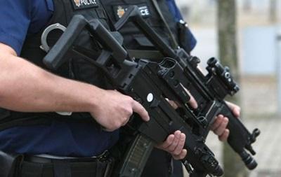 В Британии полиции разрешили стрелять в водителей-террористов