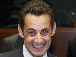 СМИ: Вред от поездок Саркози эквивалентен ущербу экологии от тысячи французов