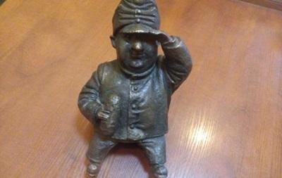 В Одесі знайшли вкрадений пам ятник солдату Швейку