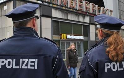 Поліція відкрила вогонь біля лікарні Берліна