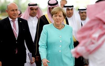 В Эр-Рияде назвали Меркель  образцом для саудовских женщин