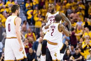 НБА Клівленд виграв перший матч серії у Торонто, Х юстон обіграв Сан-Антоніо