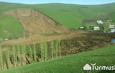 У Киргизії на місці зсуву ґрунту знайшли тіла п яти загиблих