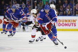НХЛ: Рейнджерс зрівняли рахунок в серії з Оттавою