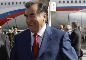 Дочь президента Таджикистана стала ведущей программы новостей на английском языке
