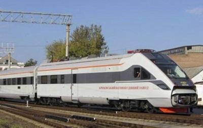 Біля Львова поїзд Hyundai на смерть збив чоловіка