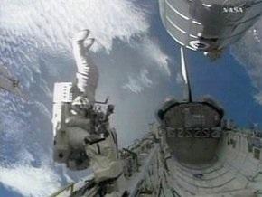 Астронавтка украинского происхождения потеряла сумку с инструментами в открытом космосе