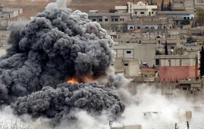 У Сирії вибухнули військові склади, десятки загиблих
