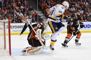 НХЛ: Нэшвилл повел в серии с Анахаймом