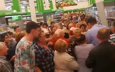 Мережа обговорює  битву за цукор  у Росії