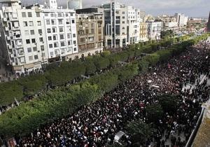 СМИ сообщили, что президент Туниса покинул страну