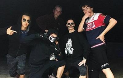 Порошенко засудив сина за футболку з  Росією
