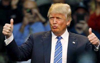 Трампа критикують за погрози на адресу звільненого шефа ФБР