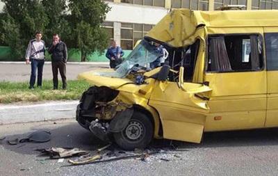 ДТП з маршруткою під Дніпром: кількість постраждалих зросла до 15
