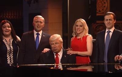Болдвін і Йоханссон висміяли сім ю Трампів у шоу