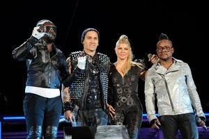 Финал Лиги чемпионов  раскачает  The Black Eyed Peas