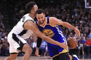 Голден Стейт втретє поспіль вийшов у фінал плей-офф НБА