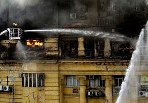В результате пожара в индийской Калькутте погибли шесть человек
