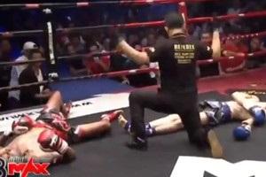 Двоє боксерів одночасно відправили один одного в нокдаун